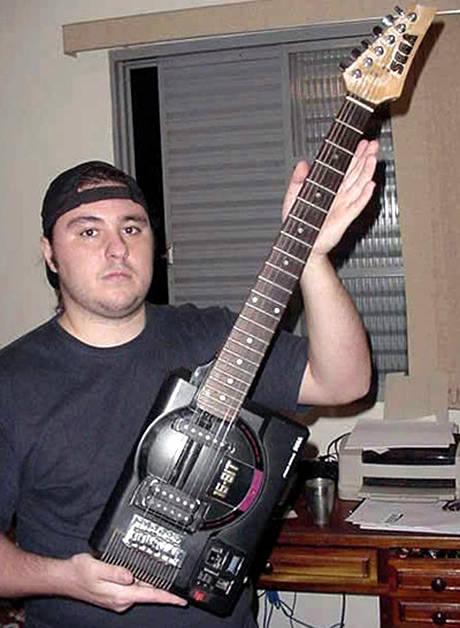 guitare-speciale-10