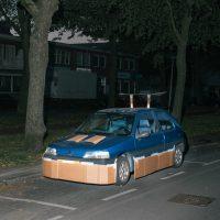 Du tuning en carton dans les rues d'Amsterdam