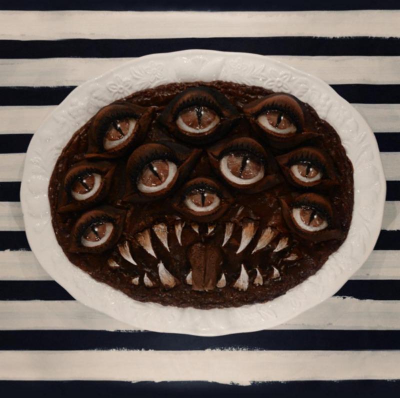un-decor-hallucinant-pour-halloween-gateau-oeil