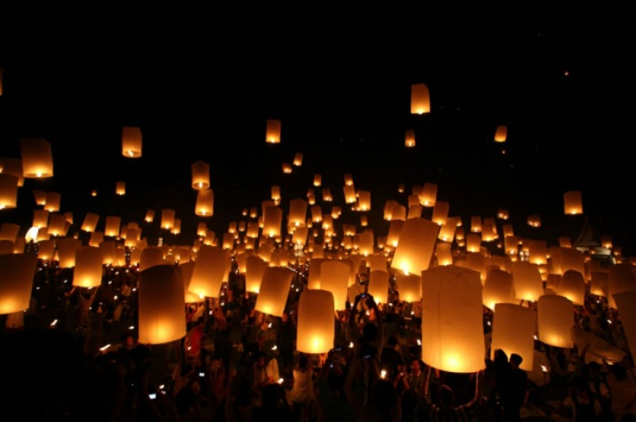 la fête des lumières flambeaux