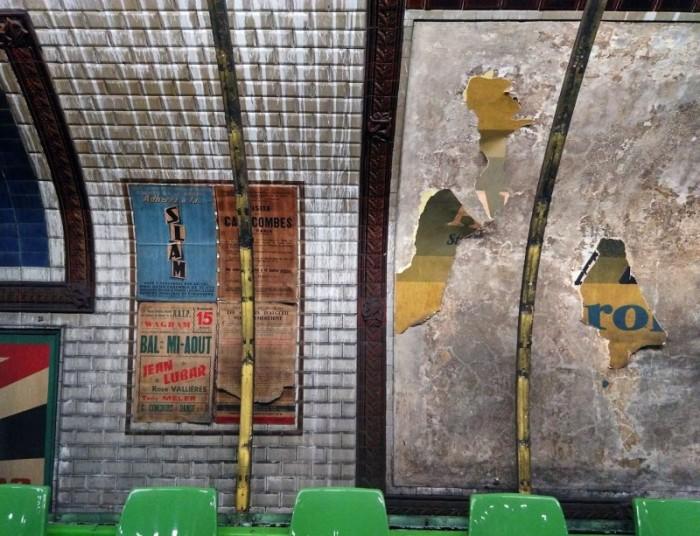 station Trinité affiches