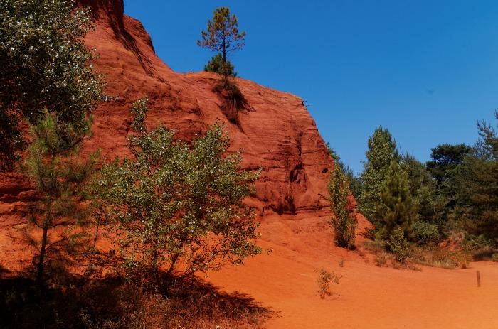 ocres de Rustrel ou Colorado Provençal