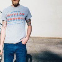 Comment porter le tshirt cet été et être parfaitement dans le coup ?